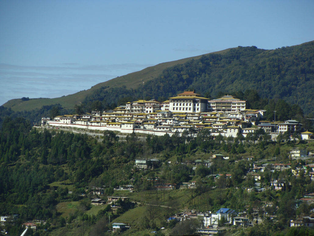 Pic 1 View of Tawang Monast