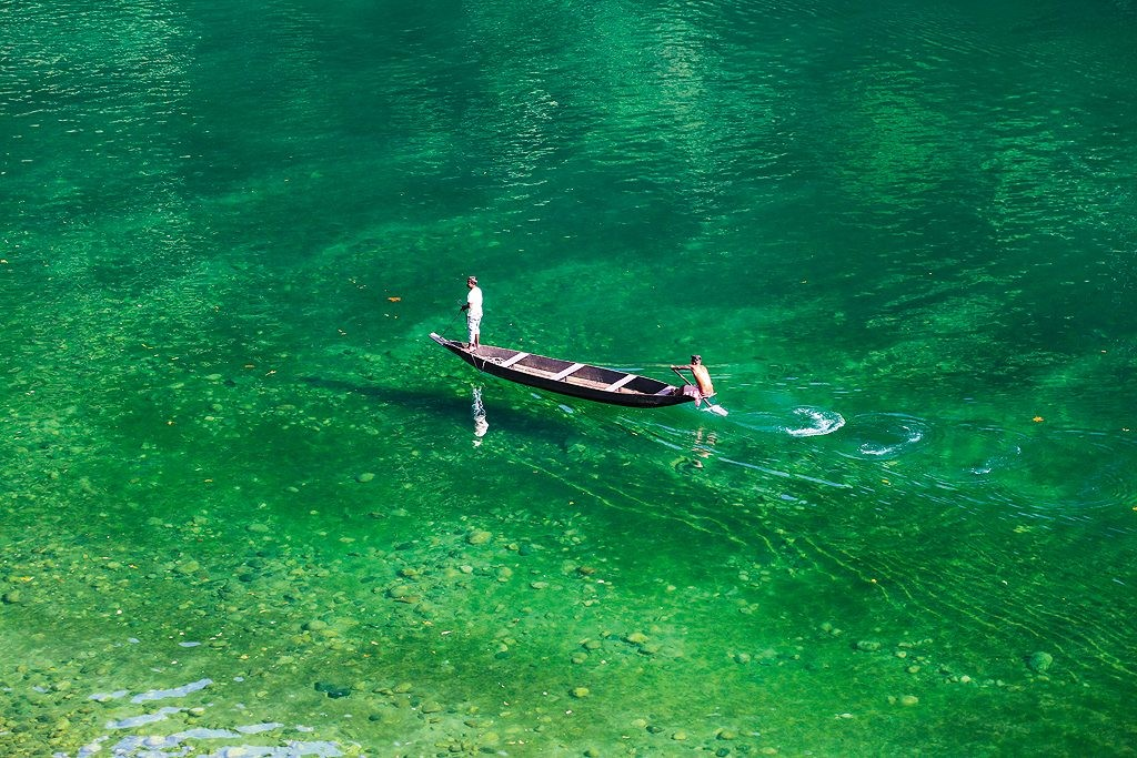 The crystal clear water of Umngot river Image courtesy: Outlookindia.com