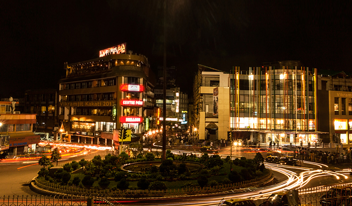 Police Bazaar at night. Image Courtesy: makemytrip.com