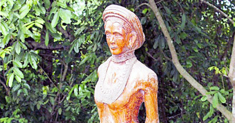 Unique carvings at Aminda Rangsa village, Image courtesy: NE Tourism